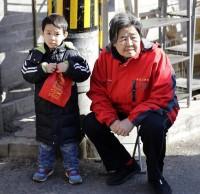 """杭州余杭区有一群""""虎妈"""" 他们把垃圾分类宣传做的很接地气"""
