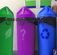 加拿大每家有三个垃圾桶