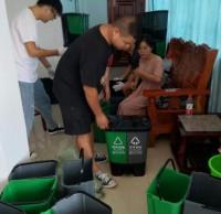 """泥溪镇分类垃圾桶""""上岗""""助力人居环境提升"""