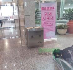 机场垃圾桶图片-垃圾桶厂家批发