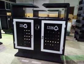 分类垃圾桶厂家定制钢板冲孔垃圾桶,发货于西安景区