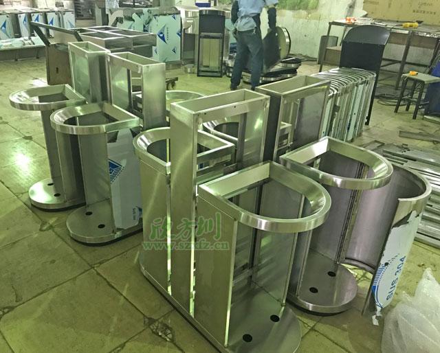 分类垃圾箱焊接打磨图